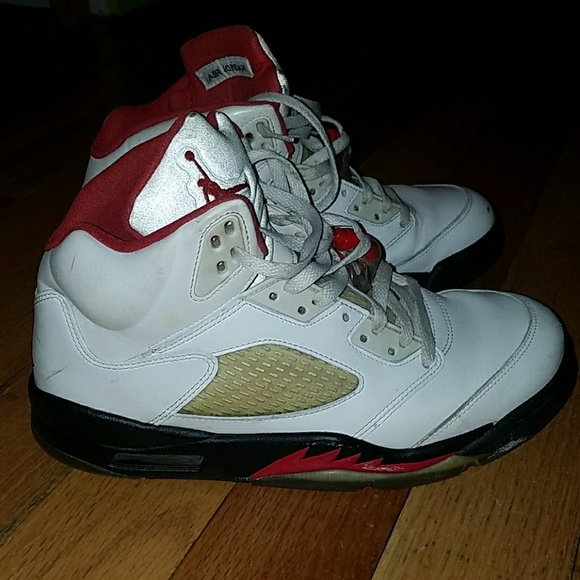 size 40 3e35e 8e58a Fire red Jordan 5s